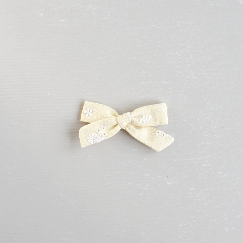 Mini Schoolgirl Bow // Lemony