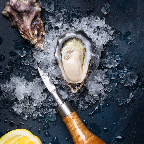 Live oysters: Sydney Rock Oysters and Pacific Oysters