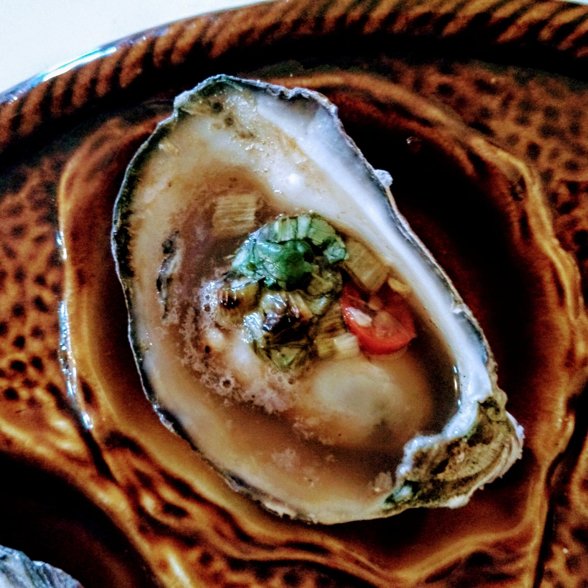 1 dozen Pacific oysters with Thai-style grill topping - Shuck Oysters