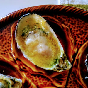 1 dozen Pacific oysters with Herb butter and Parmesan grill topping - Shuck Oysters