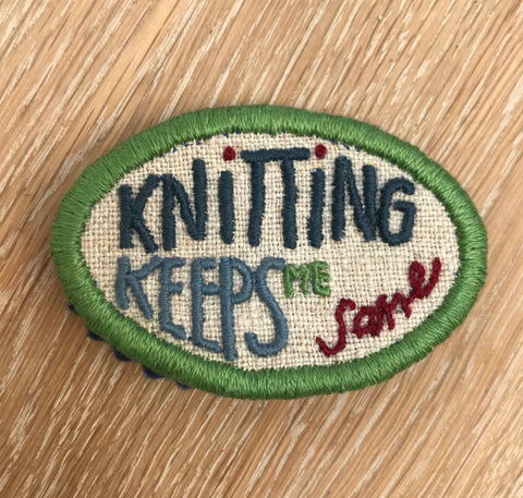 "Embroidery kit: Broche - ""Knitting keeps me sane"""