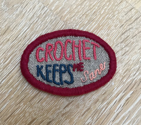 "Embroidery kit: Broche - ""Crochet keeps me sane"""