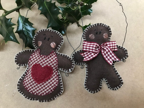 Embroidery kit: Gingerbread Couple