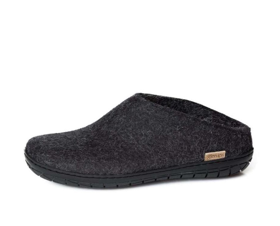 Charcoal Slip-on _ rubber black sole