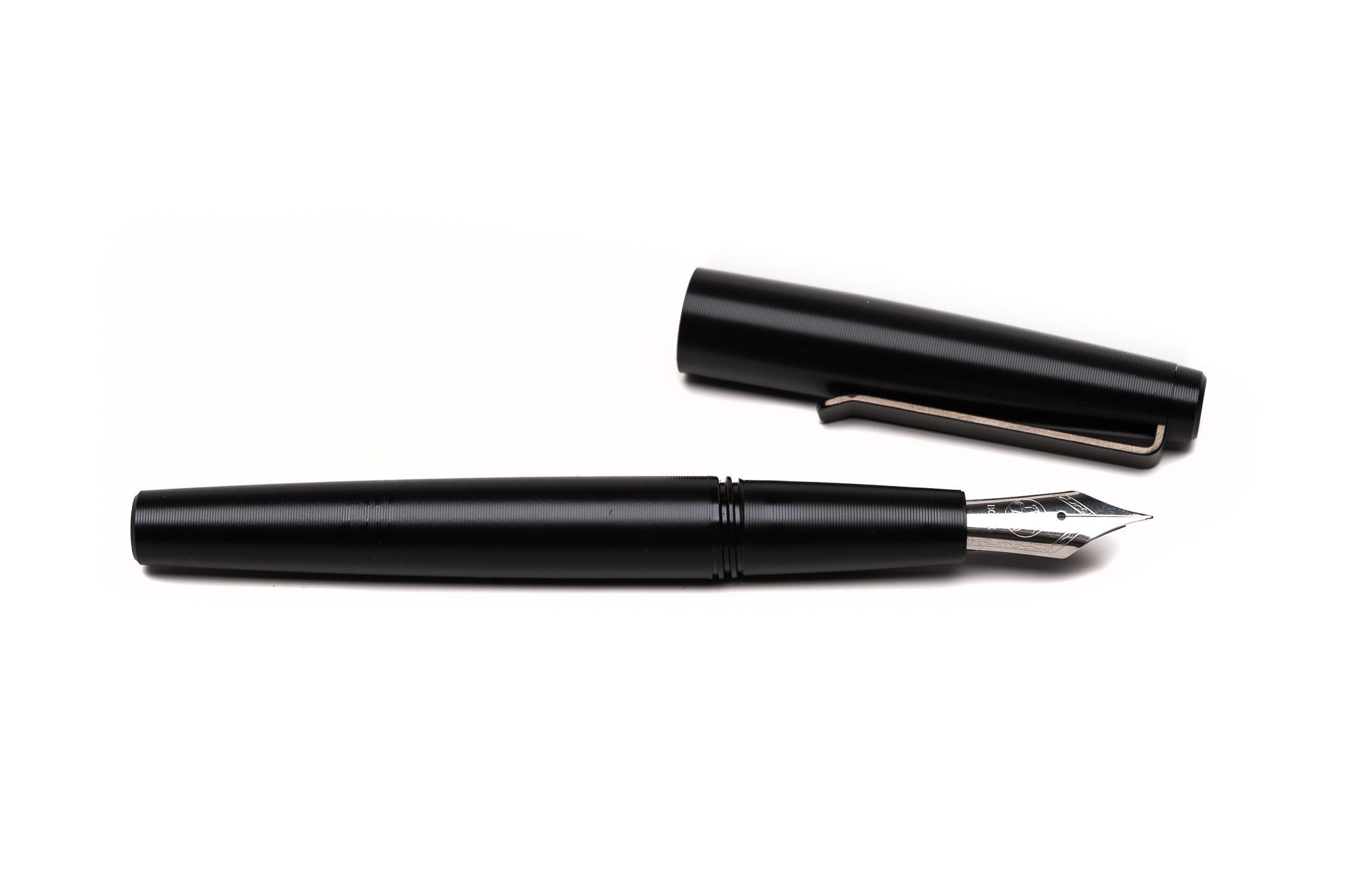Black Gist Fountain Pen