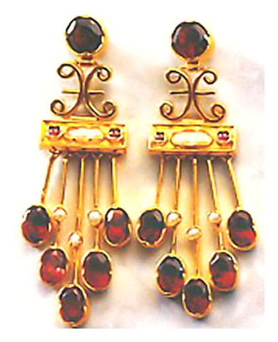 Anna Karenia Garnet Earrings