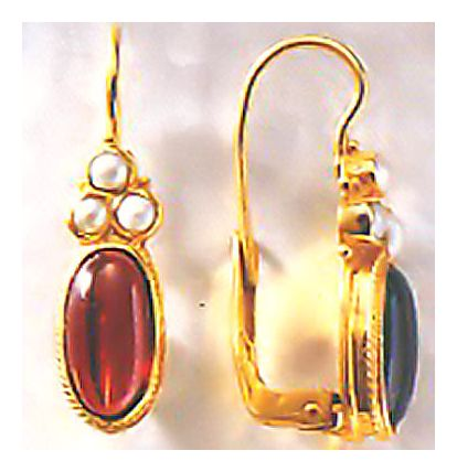 Windsor Garnet and Pearl Earrings