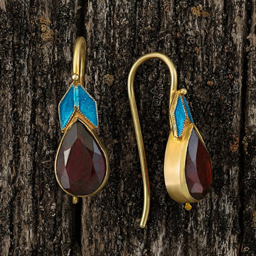 Lodewyk van Bercken Garnet Earrings