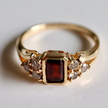 Mary Tudor 14k Gold, Garnet and Diamond Ring