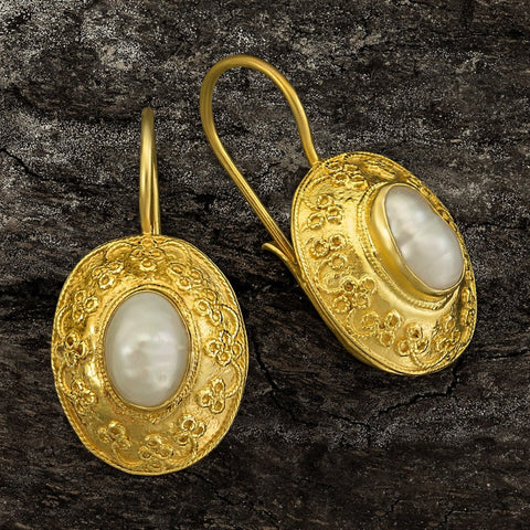 Mogul Pearl Earrings