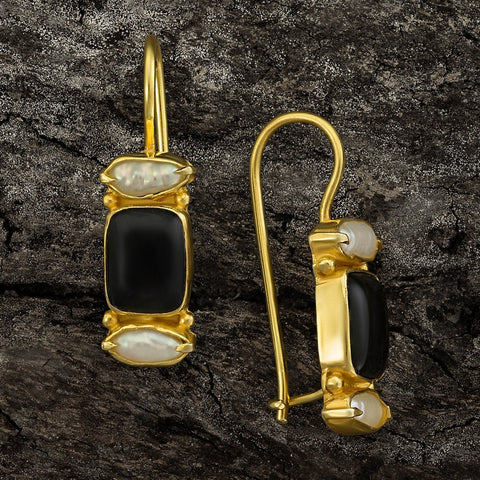 Dorset Onyx and Pearl Earrings