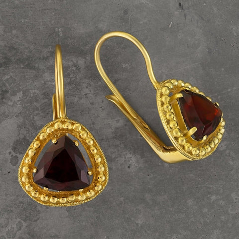 Lammermoor Garnet Earrings