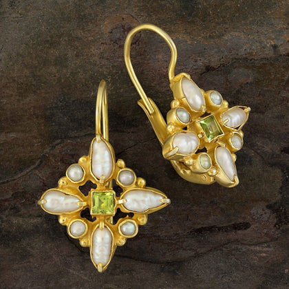 Florentine Cross Peridot & Pearl Earrings