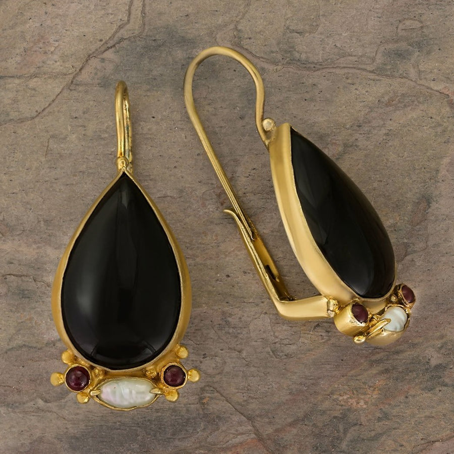 Queen Of Spades Onyx Earrings