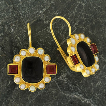 Queen Elinor Onyx, Garnet and Pearl Earrings