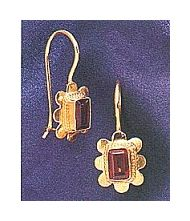 14k Garnet Rose Earrings