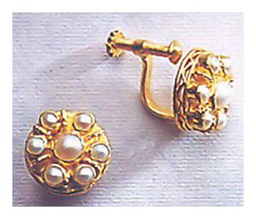 Fanny Burnham Pearl Earrings-Screw Backs