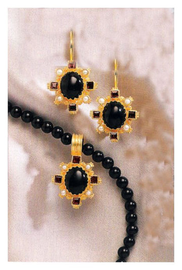 Set of Trafalgar Onyx, Garnet, Pearl Earrings and Necklace
