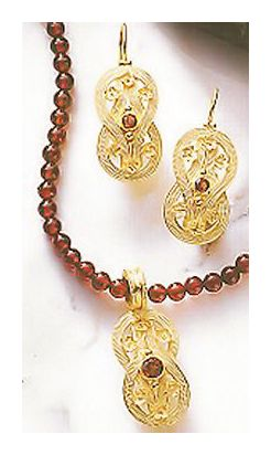 Set of Heracles Knot Garnet Earrings and Necklace