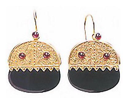 Catharina Alexajovna Onyx Garnet Earrings