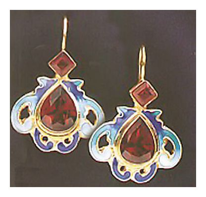 Chantilly Garnet Earrings