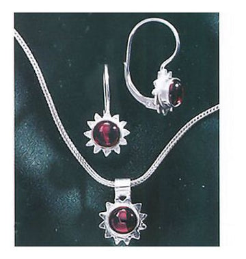 Set of Summer Solstice Garnet Earrings and Necklace