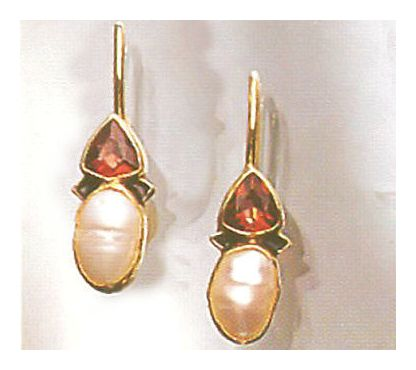 Oxford Garnet and Pearl Earrings