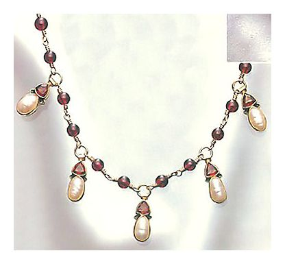 Oxford Garnet and Pearl Necklace