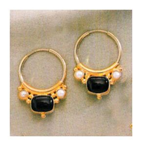 Othello Onyx & Pearl Earrings