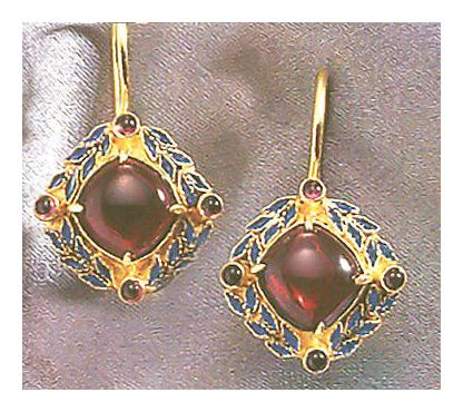 Heloise Garnet Earrings