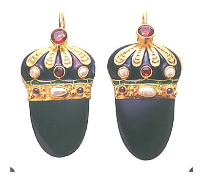 Nicholas I Onyx, Garnet and Pearl Earrings