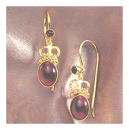 Queen Bess Garnet Earrings