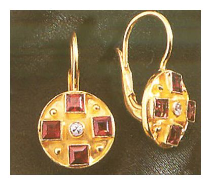 St. Albans Garnet & Pearl Earrings