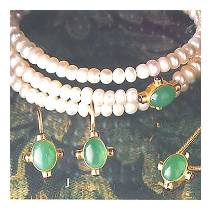 Set of Sherwood Forest Earrings, Necklace, & Bracelet