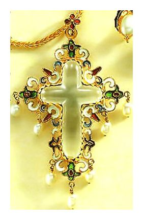 Salamanca Pearl Cross Necklace