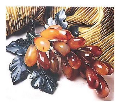Pair of Hand-Carved Agate Grapes