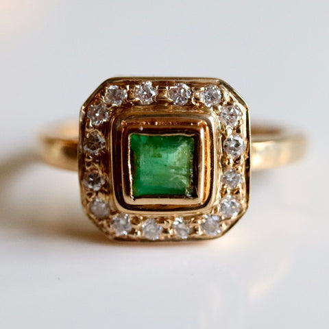 14k Goddess Emerald Diamond Ring