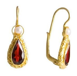 Conventry Garnet & Pearl Earrings Sublimely beautiful fashion jewelry design