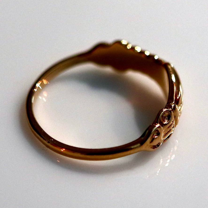 Renaissance Ring with Clasped Hands - Gold