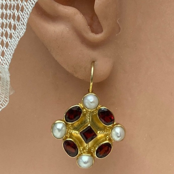 Fontainebleau Garnet and Pearl Earrings