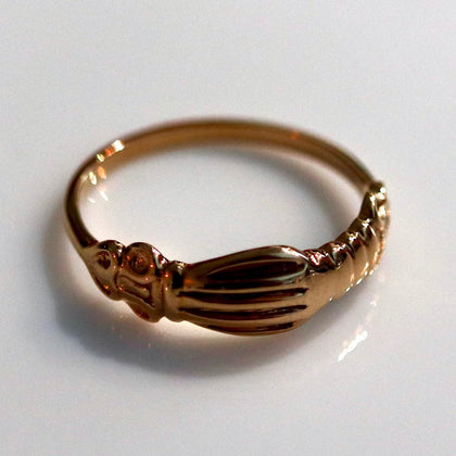 Renaissance Ring with Clasped Hands - Gold-Plated