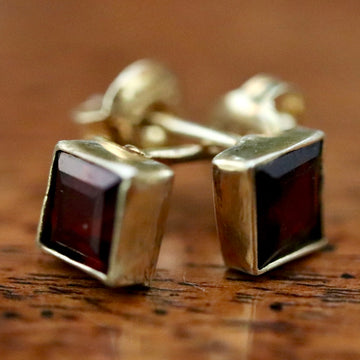 Square Stud Garnet Earrings
