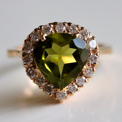 Casanova Gold, Peridot and Diamond Ring