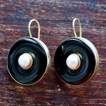 Black and Pearl Earrings