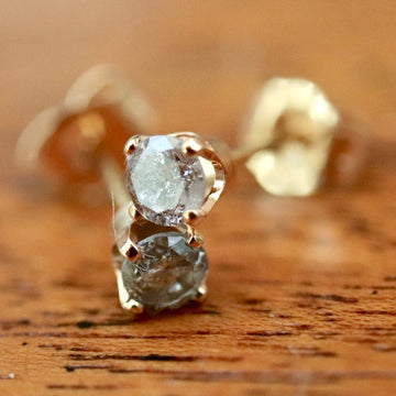 La Pluie Des 14k Gold and Diamond Stud Earrings