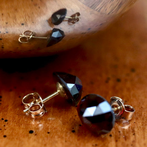 Disco-Ball Garnet Stud
