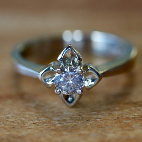 14k Star Light Diamond Ring