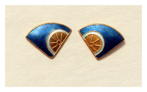 Fan Wheel Blue and Gold Studs