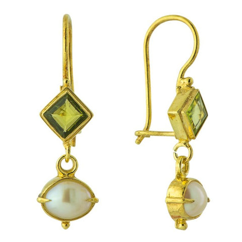 Modish Peridot and Pearl Earrings