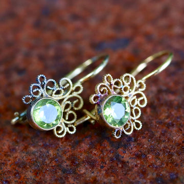 Contessa Peridot Earrings